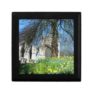 Spring in Museum Gardens Gift Box