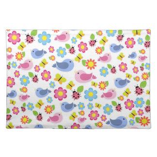 Spring pattern placemat