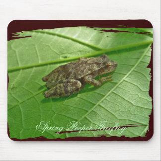 Spring Peeper (Pseudacris crucifer) Treefrog Items Mouse Pad