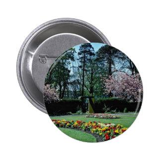 Spring time Annahill Gardens Kilmarnock Scotlan Button