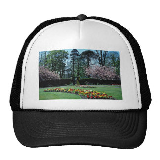 Spring time, Annahill Gardens, Kilmarnock, Scotlan Mesh Hat