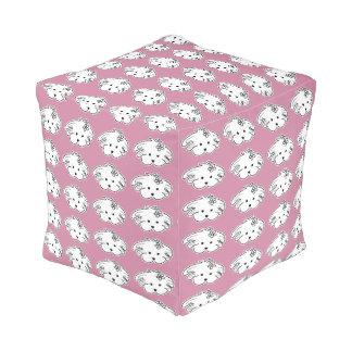 Squared, pink Pouf, small dog, the world of Lua Pouf