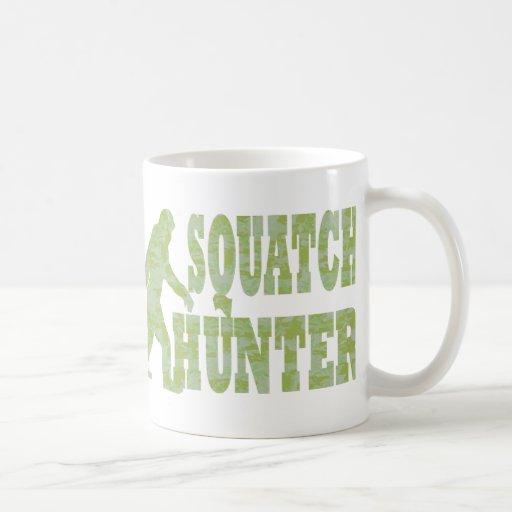 Squatch hunter on camouflage mugs