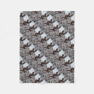 Squirrel Design in Brown and White Elegant Decor Fleece Blanket
