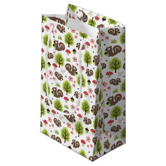 Squirrel in The Oak Forest Pattern Small Gift Bag