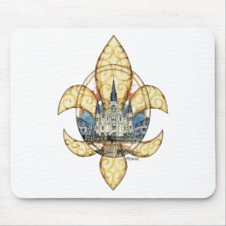 St. Louis Fleur de Lis Mouse Pad