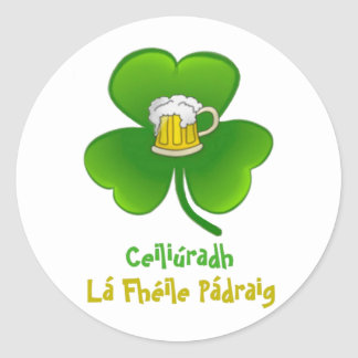 ST PATRIC+S DAY SHAMROCK +  BEER CLASSIC ROUND STICKER