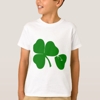 St Patrick's Day - Get Lucky 3 + 1 leaves = 4 T-Shirt