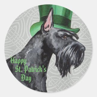 St. Patrick's Day Giant Schnauzer Classic Round Sticker