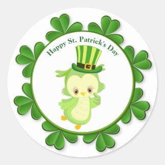 St. Patrick's Day Green Owl Shamrocks Round Sticker