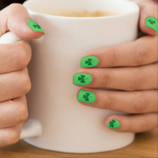 St. Patrick's Day Green Shamrock Minx Nail Art