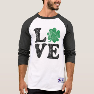St Patrick's Day LOVE Shamrock Irish T-Shirt
