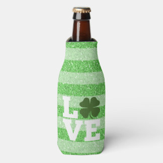 St Patricks Day LOVE with shamrock Bottle Cooler
