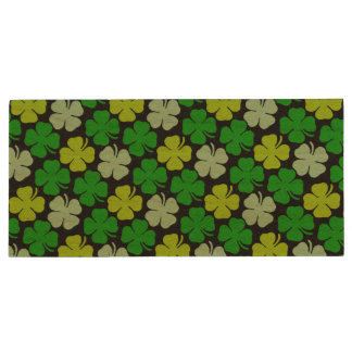 St. Patrick's Day Lucky Shamrock Wood USB 2.0 Flash Drive