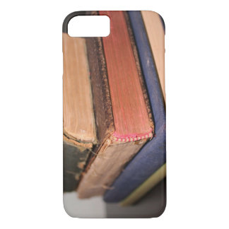 Stack of Old Books iPhone 8/7 Case