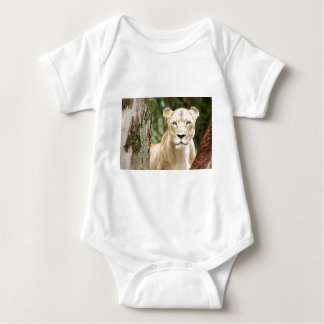 Staring Lioness T-shirts