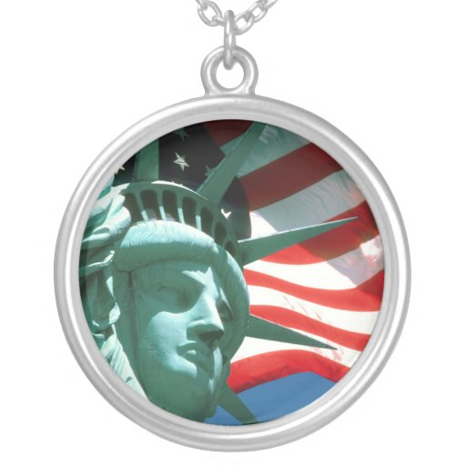STATUE OF LIBERTY WITH AMERICAN FLAG PENDANT