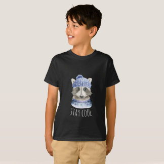 Stay cool winter raccoon + hat scarf T-Shirt