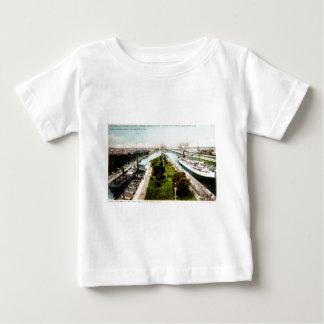 Steamer in the Locks, Sault Ste.Marie, Michigan T-shirts
