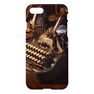 Steampunk - Oliver's typing machine iPhone 7 Case