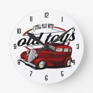still plays with classic cars round clock