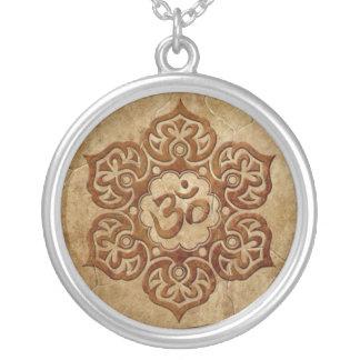 Stone Floral Aum Design Round Pendant Necklace
