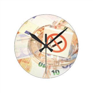 Stop smoking wall clock