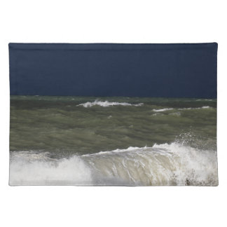 Stormy sea with waves und a dark blue sky. place mat