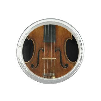 Stradivari Close-Up