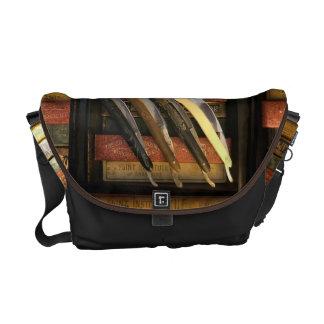 Straight Razor Collector Gift! Vintage Razors Messenger Bag