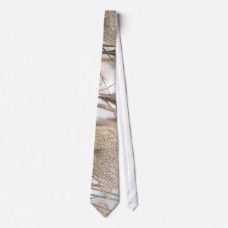 Straw in winter tie