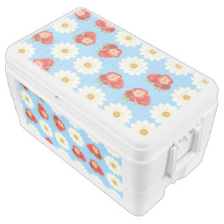 Strawberries and daisies chest cooler