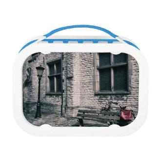 street scene with a bike lunch box