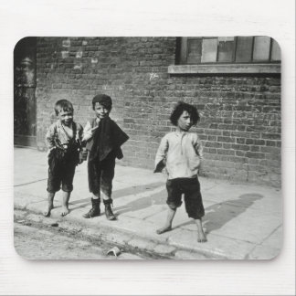 Street urchins in Lambeth (b/w photo) Mouse Pad
