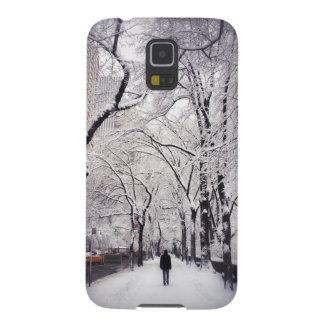 Strolling A Snowy City Sidewalk Galaxy S5 Case