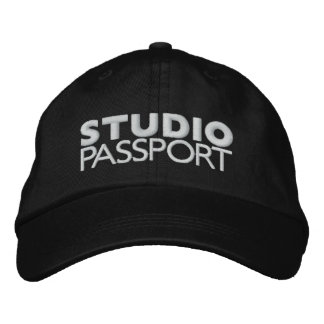 STUDIO PASSPORT LOGO EMBROIDERED HAT