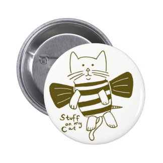 stuff on my cat - bee 6 cm round badge