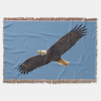 Stunning Flying Eagle Throw Blanket
