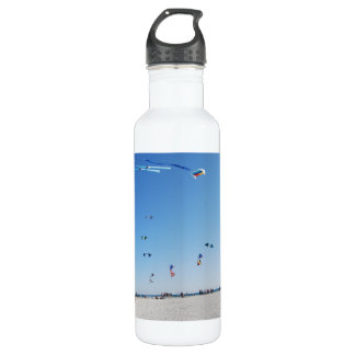 Stunt Kites in Formation 710 Ml Water Bottle