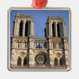 Stylish Ornament with Notre Dame de Paris