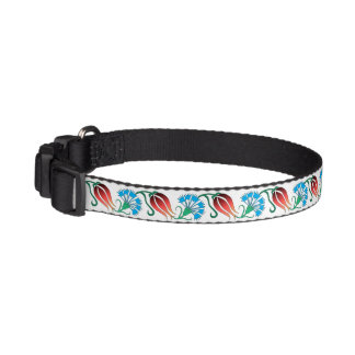 Sultan's Pet!  Red Tulips and Blue Carnations Pet Collars