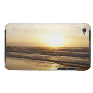 Sun on horizon over ocean iPod touch covers