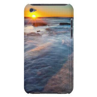 Sun rays illuminate the Pacific Ocean iPod Case-Mate Cases