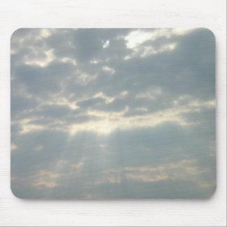 Sun shining through clouds Mousepad