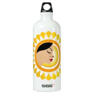 Sun tan- A face with a bright yellow sun SIGG Traveller 1.0L Water Bottle