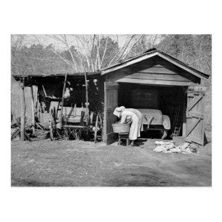 Sunbonnet Ladies on Wash Day, 1936 Postcard