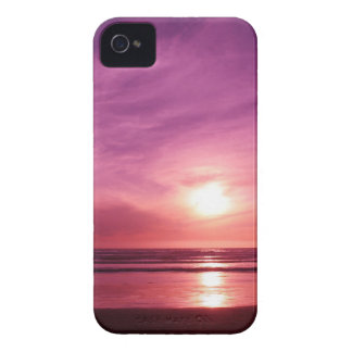 Sundown at the Beach iPhone 4 Cover