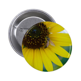 """Sunflower and Bee Button (2.5"""")"""
