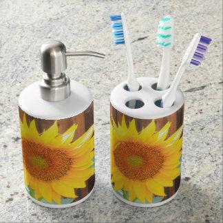 Sunflower bloom bathroom soap dispenser set