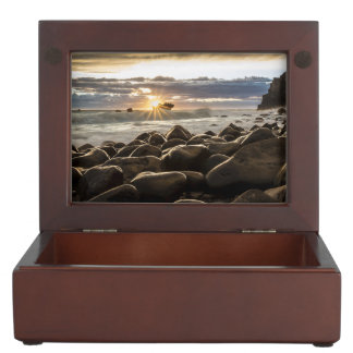 sunrise-1239727 memory boxes